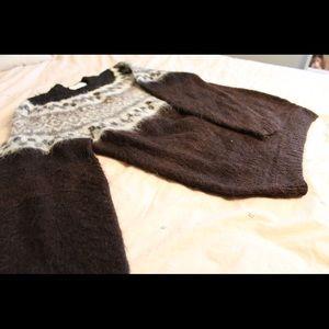 Sweaters - Vintage 100% Baby Alpaca Sweater